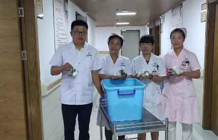 端午送温情 病房飘粽香--阜阳兆岐肛肠医院为住院患者送粽子